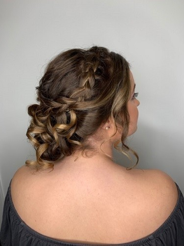 https://saloncloudsplus.com/uploads/staffmywork/thumbnail_1573676969.jpg